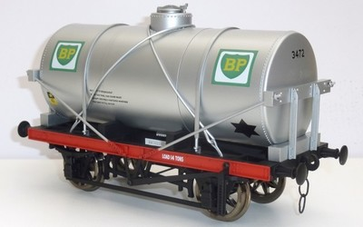 Accucraft tankers and mineral wagons