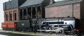Buy Online - BR 9F Tyne Dock black see 55H website for availability